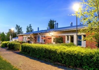 Rivitaloyhtiöön Sipoossa toteutettiin asumisen laatua parantava valaistus